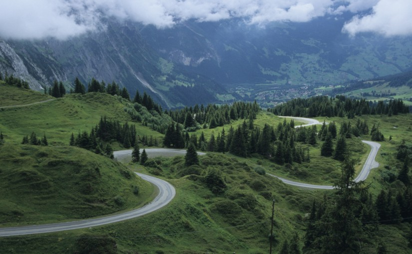 Grindelwald winding road